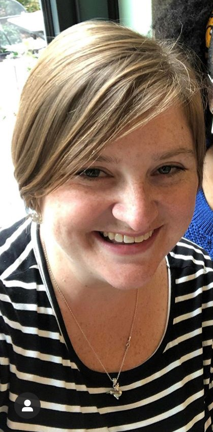 Photo of teacher - Leslie Handy